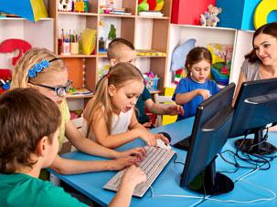 Jak dbać o wzrok naszych dzieci? 4 praktyczne wskazówki
