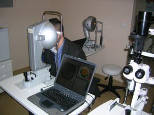 Czy zabieg laserowej korekcji wady wzroku jest bolesny? Co będę odczuwać w trakcie zabiegu i podczas rekonwalescencji