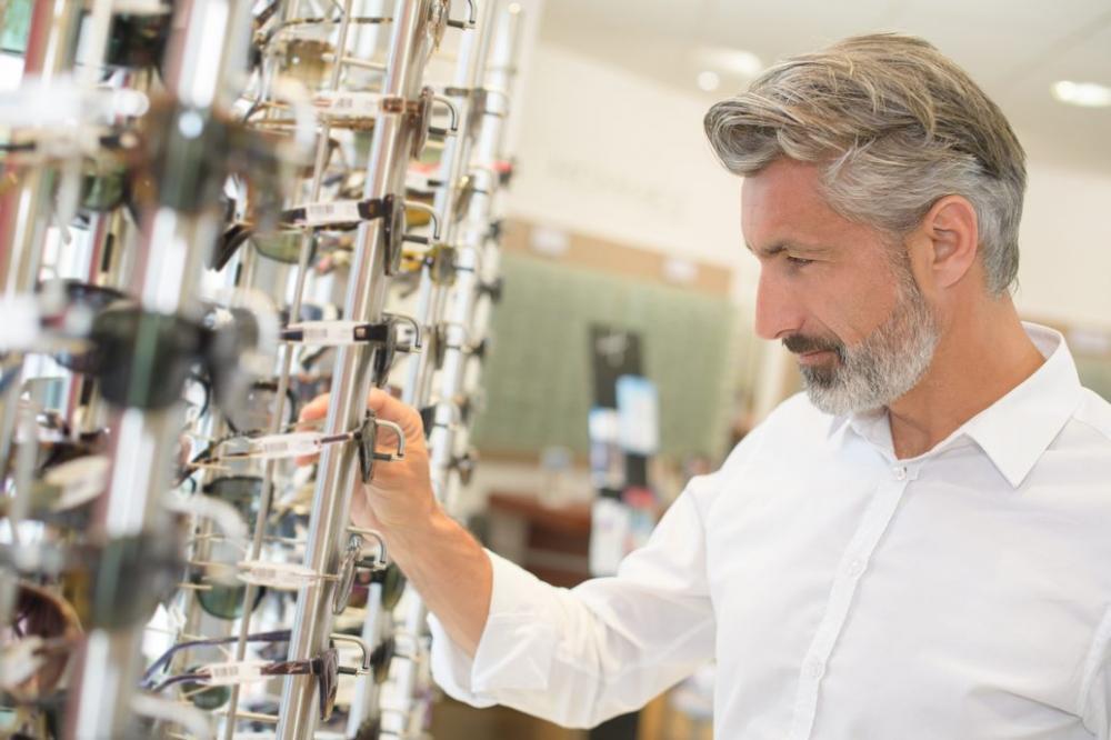 Choosing of sunglasses - ArtLife Ophtalmologic Centre