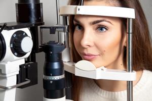 Augenärztliche Fachuntersuchungen - Augenärztliches Zentrum ArtLife